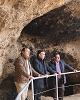 Beamonte visita las instalaciones reformadas del consultorio médico y el nuevo acceso a la Cueva de Caco de Los Fayos