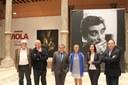 El alcalde de Lérida visita la exposición de la DPZ sobre Manuel Viola en la víspera del centenario del nacimiento del artista