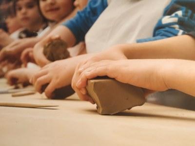 El Taller Escuela Cerámica de Muel de la Diputación de Zaragoza retoma su programa de visitas escolares Aulas Muel