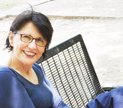 Inma Monsó se encontrará con sus lectores este miércoles en Caspe y Pina dentro del ciclo de la DPZ 'Escritoras españolas'