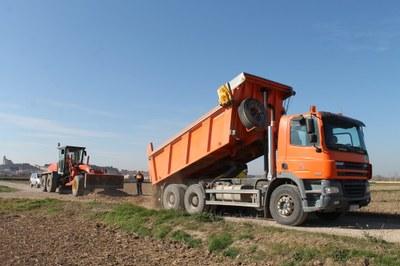 La Diputación de Zaragoza concluye el arreglo de más de 180 kilómetros de caminos dañados por la gran riada del Ebro del año pasado