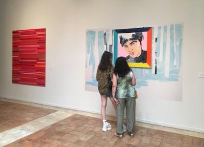 La Diputación de Zaragoza ofrece visitas guiadas a la exposición sobre el XXXI premio de arte Santa Isabel