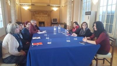La directora del proyecto europeo Global Schools conoce las iniciativas impulsadas por la Diputación de Zaragoza