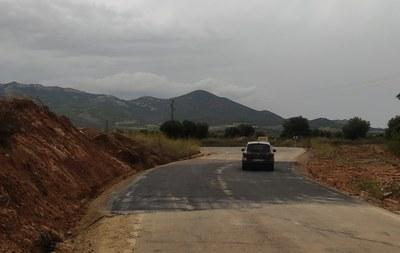 La Diputación de Zaragoza reabre al tráfico la carretera de acceso a Cosuenda, cortada desde hace dos semanas por las fuertes tormentas
