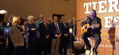 La DPZ y la DGA muestran en una exposición en el palacio de Sástago los vínculos históricos entre Aragón y Cataluña