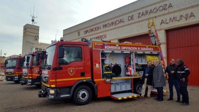 Los bomberos de la Diputación de Zaragoza incorporan tres nuevos camiones más pequeños y versátiles