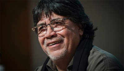 Luis Sepúlveda estará este martes en La Puebla de Alfindén y Zaragoza dentro del ciclo de la DPZ 'Conversaciones con el autor'