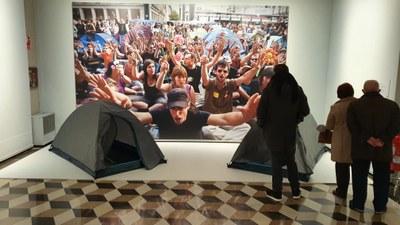Más de 6.000 personas han visitado ya la exposición 'Heraldo. 125 años de fotografías' en el palacio de Sástago