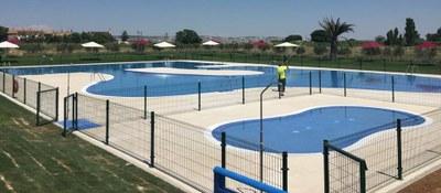 Pinseque abre sus nuevas piscinas tras cinco años de obras y una inversión de un millón de euros financiada al 60% por la DPZ