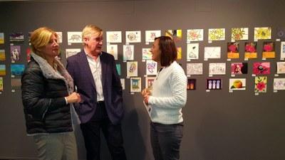 Postales desde el Limbo pone a la venta desde mañana 1.500 obras donadas por más de 900 artistas a beneficio de Proyecto Hombre
