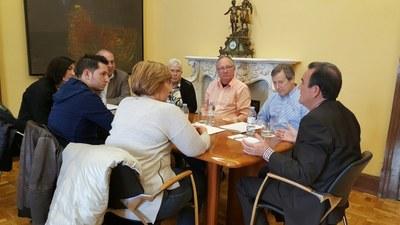 Sánchez Quero se compromete a abrir en breve el parque de bomberos de El Burgo de Ebro
