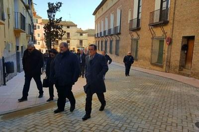 Sánchez Quero visita en Pedrola la renovación integral del entorno del palacio de los duques de Villahermosa
