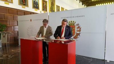 Sánchez Quero y Santisteve firman el convenio para que los residuos de la provincia puedan llevarse al CTRUZ de Zaragoza